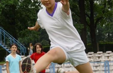phoca_thumb_l_sport-day_mayu_hurdles