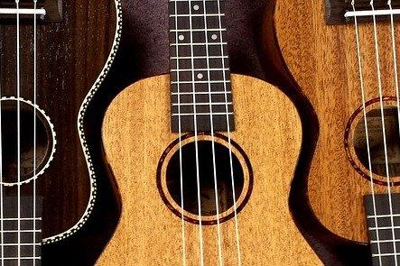 ukulele-2205860_640